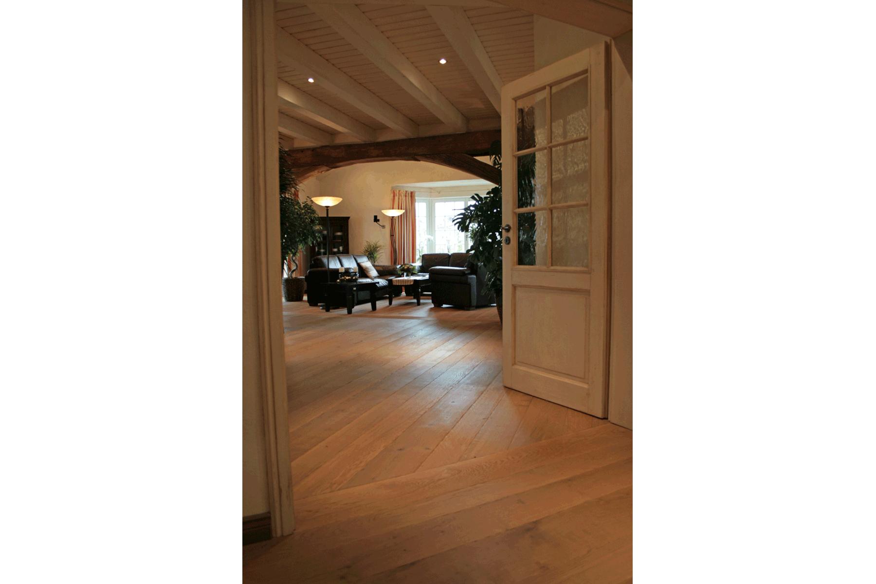 Privathaus Hessen - Kellerwald-Diele Eiche Tradition Robust